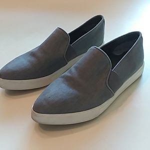 Vince Pierce gray pointed toe slip on sneakers 6